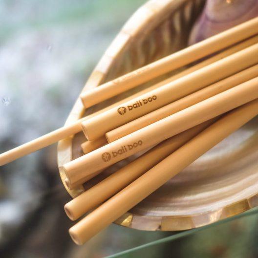 12 pajitas de bambú
