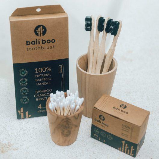Kit de Aseo Ecológico - cepillo de dientes de bambu y bastoncillos ecologicos de bambu